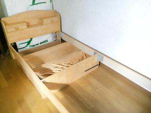 受けの断捨離 木製組み立てベッド