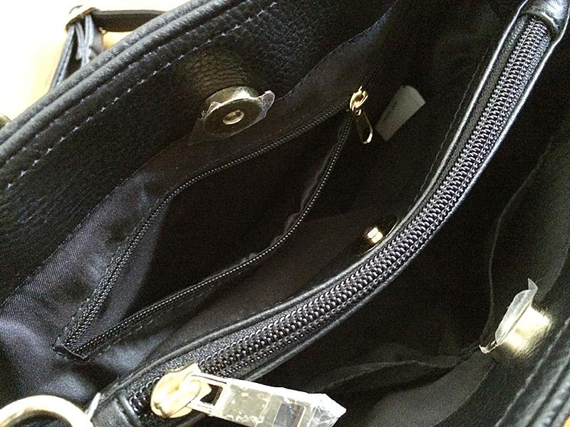 しまむら2WAYハンドバッグ:便利なミニポケット