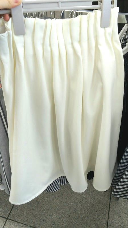 しまむら探検 2016春 白ふんわりスカート