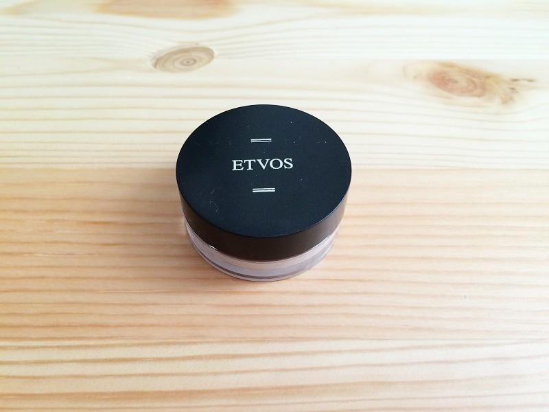 エトヴォス(ETVOS)ミネラルファンデーションスターターキット内容 1.マットスムースミネラルファンデーション